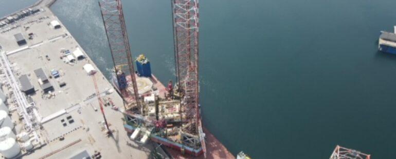 Der er stadig meget kranarbejde i oliebranchen